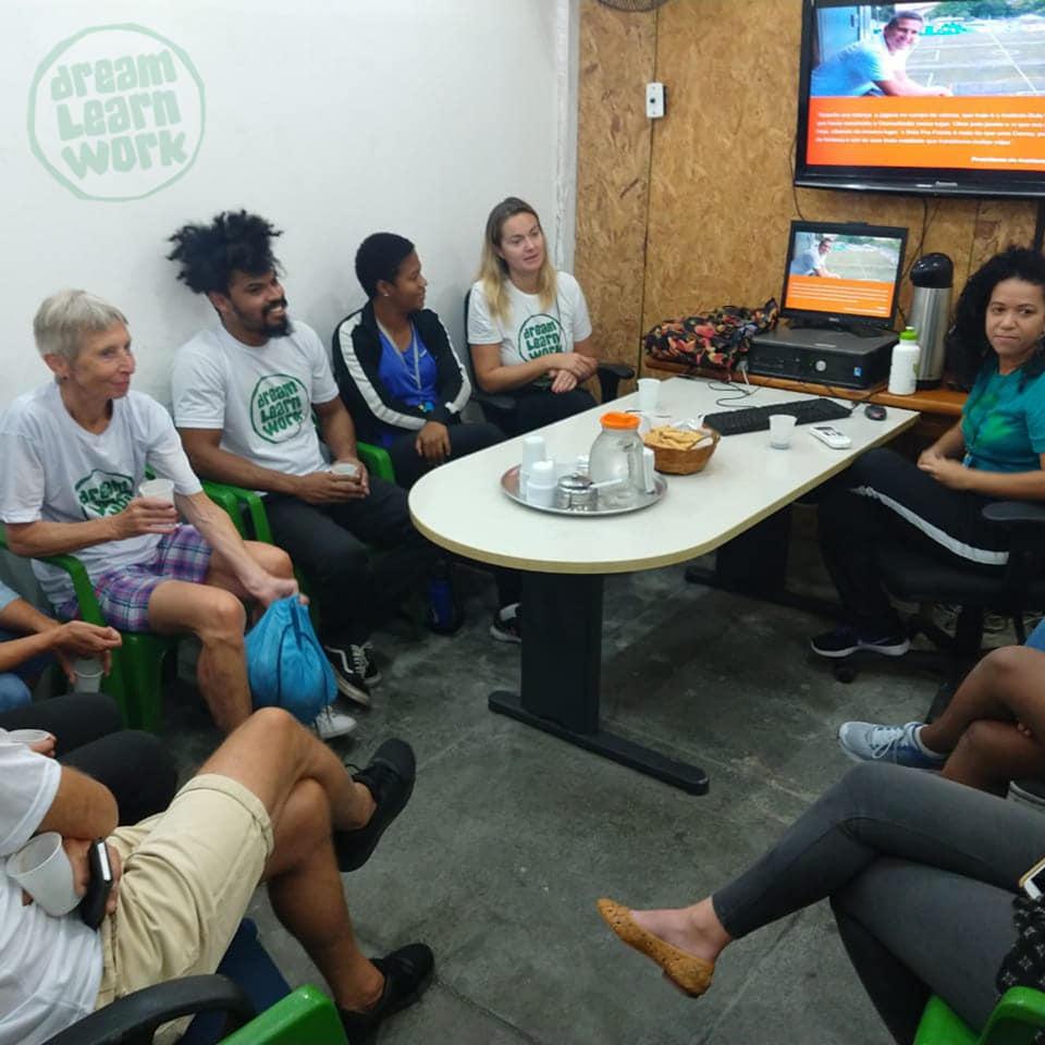 Visita dos Voluntários no Bola (4)