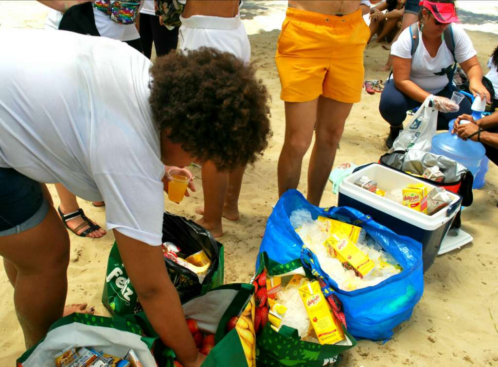 Beach Clean up 25